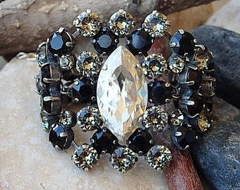 Swarovski bracelet. Black and gray bracelet, Bridal bracelet, Bridesmaids gift, Smokey gray and black bracelet, Gold or Silver, Custom made
