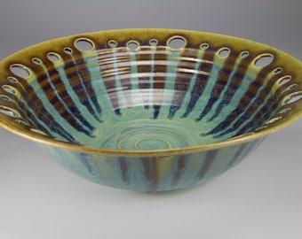 Green glazed bowl