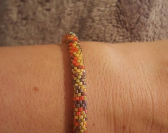 Bead Crochet Bracelet with magnetic closure