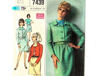 """Simplicity 7439 Misses Jacket, Skirt and Blouse Chic Coordinates Jackie Kennedy Suit Size12 Bust 34"""" Uncut- 3"""