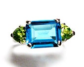 Swiss blue Topaz, swiss blue topaz ring, blue green, emerald side ring Topaz & Peridot 3 stone ring s 7 Electric Blue Surf