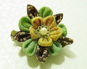 Tsumami Kanzashi flower brooch and hair clip  Kimono Chirimen crepe - AYUMI(Green-brown)
