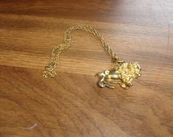 vintage necklace goldtone rope chain heavy buffalo pendant