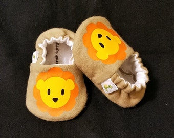 LION Baby Booties - Newborn, Infant, Baby Slippers, Crib Shoes, Footwear, 0 - 18 Months