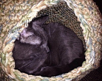 Jack's Cat Cave - Cat Hideaway - Cat Condo