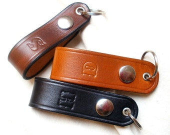 Personalized leather keychain, key fob with snap, detachable belt clip, belt loop keyring, natural, full grain leather