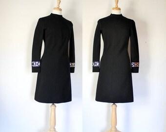 THE LOVE SALE 60s Dress / 60s Mod Dress / Knit Dress / Bleeker Street / Mad Men / Little Black Dress