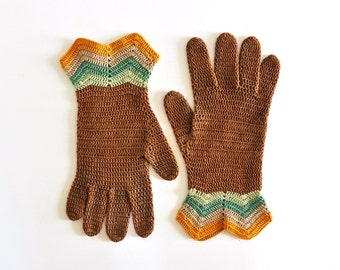 Pair of Vintage Knit Driving Gloves