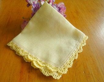 Handkerchief Hanky Hankie Vintage Pale Yellow Crocheted Edge