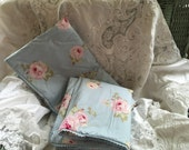 Rachel Ashwell shabby chic 80s Treasures Mervyns pr. King sz shams baby blue huge pink roses
