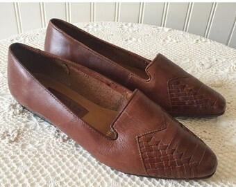 20% OFF - Woven Leather Vintage  Loafers --> Brown Loafers --> Woven Leather Flats --> Brown Flats --> Brown Leather Shoes 6.5 --> Basket We