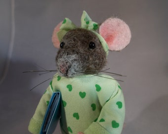 Mouse, felted, needle felted school girl by Grannancan
