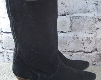 vintage 1980s black suede slouch boots - 80s black suede boots - slouch boots - black slouch boots