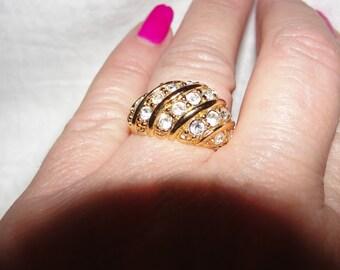 Vintage ring, jewelry, rhinestones, goldplated