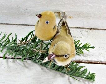 Vintage Gold Felt Bird Ornaments, Real Feather Ornaments, Vintage Christmas Tree Ornaments Decorations, 1950s French County Farmhouse Decor