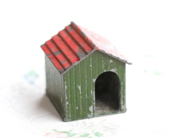 Lead Dog House - Iron Cast Little Antique Farm Lead Toy - Made in England Britains Ltd