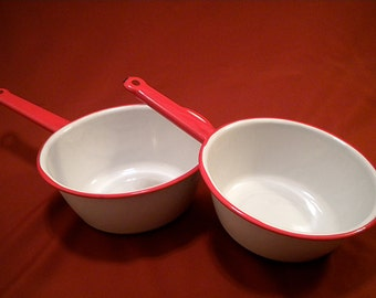 20% OFF Red and White Enamel Sauce Pans