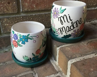 Personalized Floral Planter with Tray