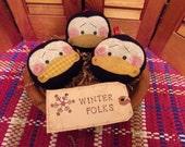 Primitive Whimsical Country Christmas PENGUIN Ornaments Bowl Filler Ornies Peg Shelf Tucks Knob Hangers