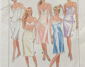 Simplicity 9374 Misses'/Miss Petite Half Slip in Three Lengths, Full Slip in Two Lengths and Camisole Pattern,UNCUT,Size All,Easy Essentials