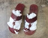 Size 9 Leather SANDALS / Vintage Women's Boho Summer Shoe /  Grecian Sandal