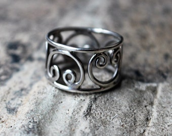 Scroll RING / Sterling Silver Jewelry / Vintage Coil Ring