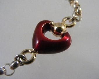 Vintage Red Enameled Heart Bracelet in Sterling Silver.....  Lot 4441