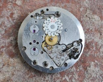 SATURN movement. Vintage Soviet wrist watch movement.