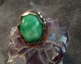 Green quartz and copper ring