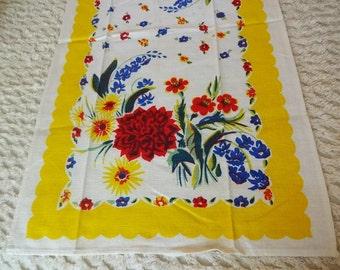 Vintage Linen Tea Kitchen Towel Flowers