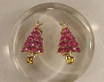 Vintage Fuchsia Crystal Rhinestone Christmas Tree Clip On Earrings