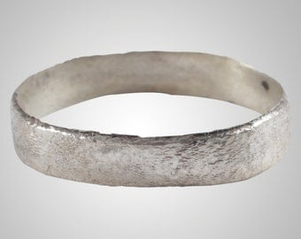 Ancient Viking Wedding Band Jewelry C.866-1067A.D. Size 10 1/4  (19.4mm)(Brr1051)