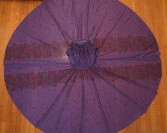 FALLING LEAVES purple novelty print dress - full circle skirt - leaf feather border sz M