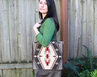 Pendleton Wool Tote, Leather and Wool Bag, Leather Straps, Bucket Bag, Shoulder Bag, Travel, Weekend, Overnight Bag, Southwest Print