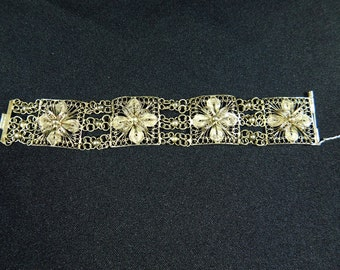Antique vintage Etruscan  sterling silver floral filigree 4 panel bracelet