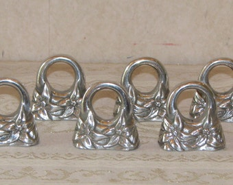 HR Pewter Christmas Poinsettia Napkin Rings - Set of 6