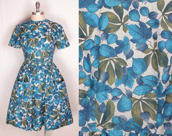 1950s belted day dress // patch pockets
