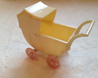 Renwal Plastic Baby Carriage