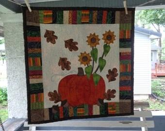 Fall Quilt,  Pumpkin Wall Quilt, Harvest Quilt 0528-03