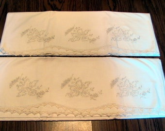 Pair Pillow Cases / Pair Pillow Cases with White Embroidery and Crochet Trim / Romantic Pillow Cases