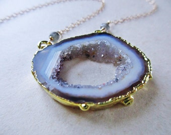 agate slice druzy necklace - healing crystal jewelry - raw crystal jewelry - geode necklace
