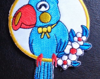 Iron On Patch Applique - Parrot in Ring