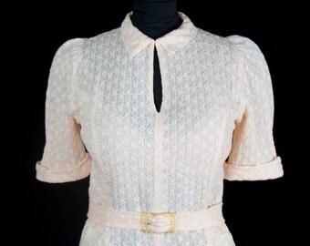 1940s Dress // Peachy Cotton Lace Puff Sleeve Dress