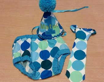 cake smash outfit boys, blue and green first birthday diaper cover tie and party hat