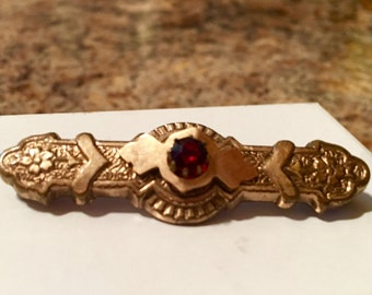 Antique Victorian Bar Pin / Brooch with Blood Red Rhinestone / Early 1900's