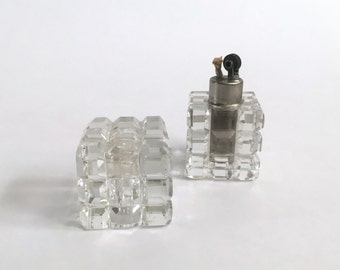 Vintage MCM Mid Century Mini Strikealite Faceted Cut Glass Cube Vanity Lighter USA