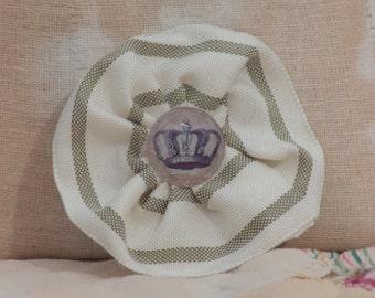 crown rosette pin