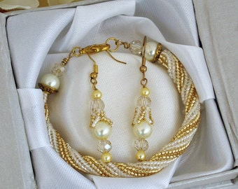 Ladies' Miyuki and Pearl Bracelet and Earring Set in Gold & Cream