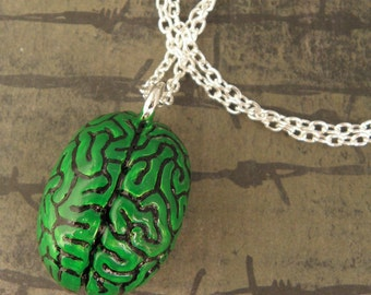 Green Anatomical Zombie Brain Necklace - Zombie Apocalypse Jewellery - Brain Pendant - Zombie Jewellery - Green Zombie Brain