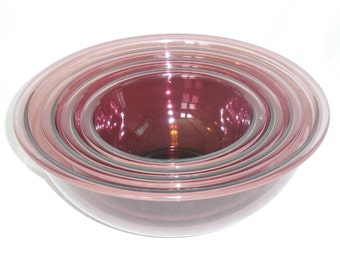 Amethyst / Cranberry Pyrex Nested Mixing Bowls